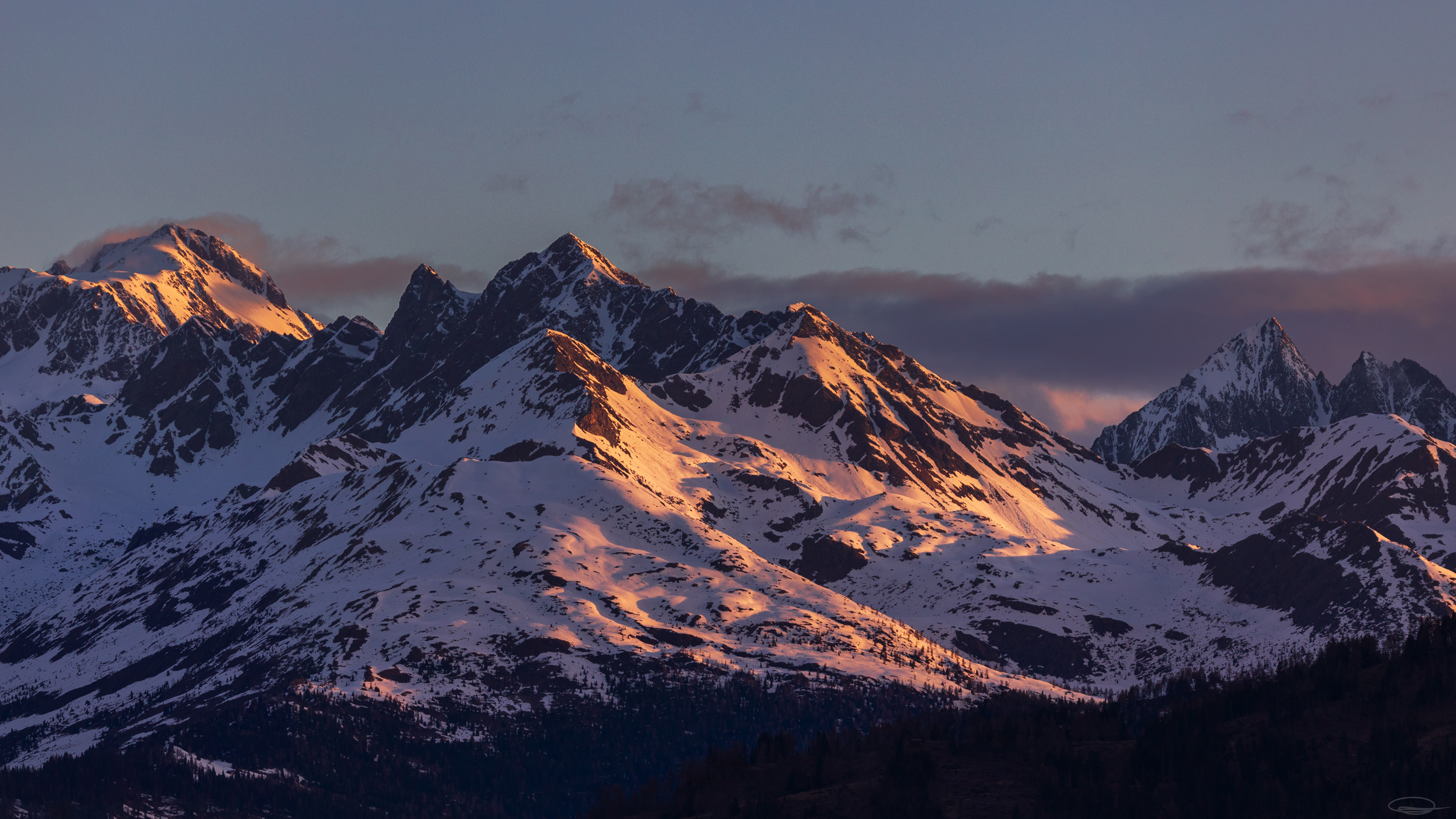Hiking, Wild Camping & Alpenglow : Alpenglow in the Nationalpark Hohe Tauern